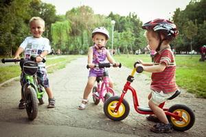 Как привить малышу любовь к спорту