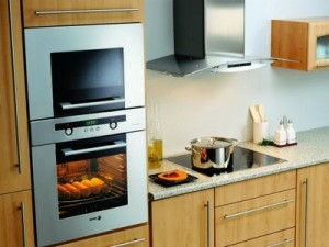 Обустройство кухни: выбираем встраиваемую технику