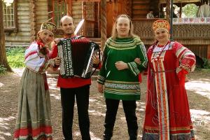 Как организовать корпоративную вечеринку в русском стиле