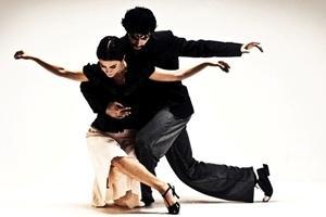 Выбираем хорошую школу танцев