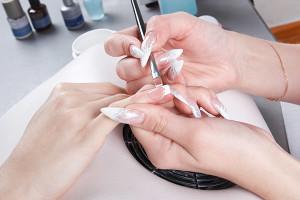 Использование типсов на ногтяхИспользование типсов на ногтях