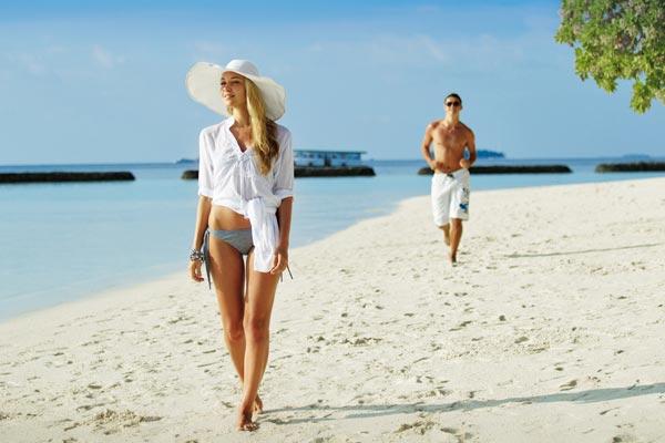 В чем ходить на пляже летом?